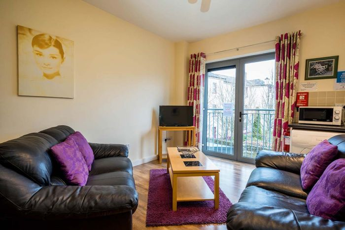7 Bed Self-catering Apartment